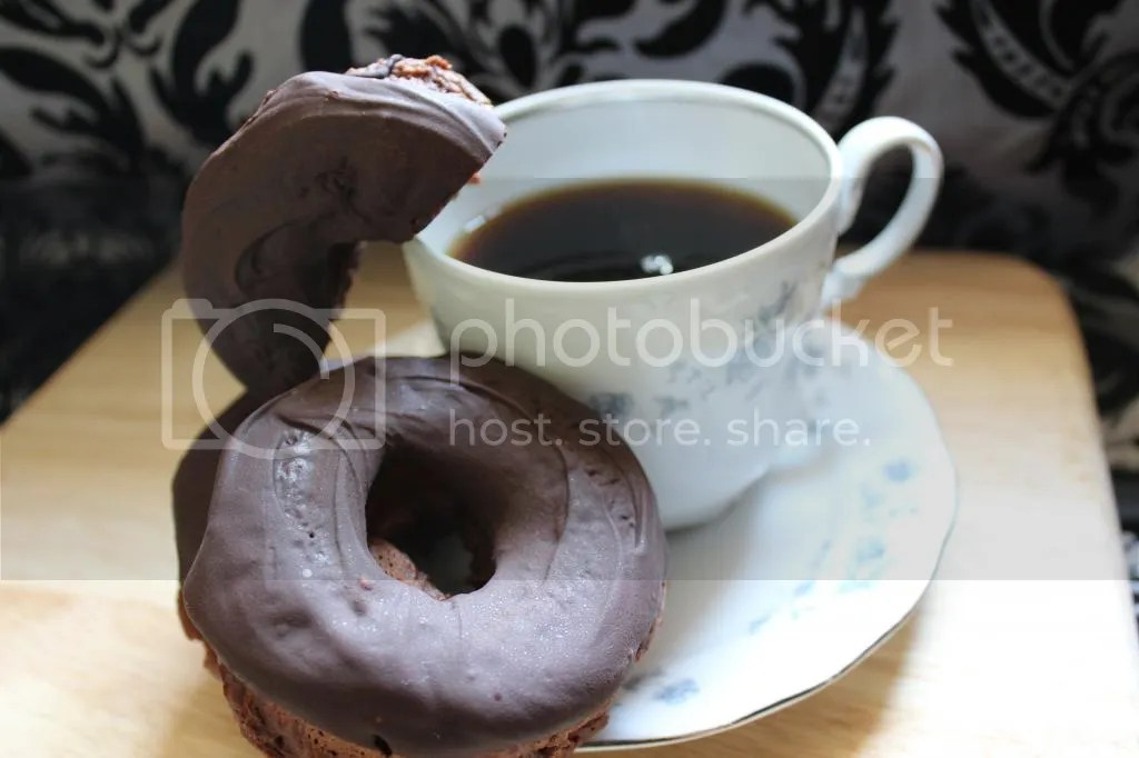 Chocolate Donuts (Vegan Adaptable)