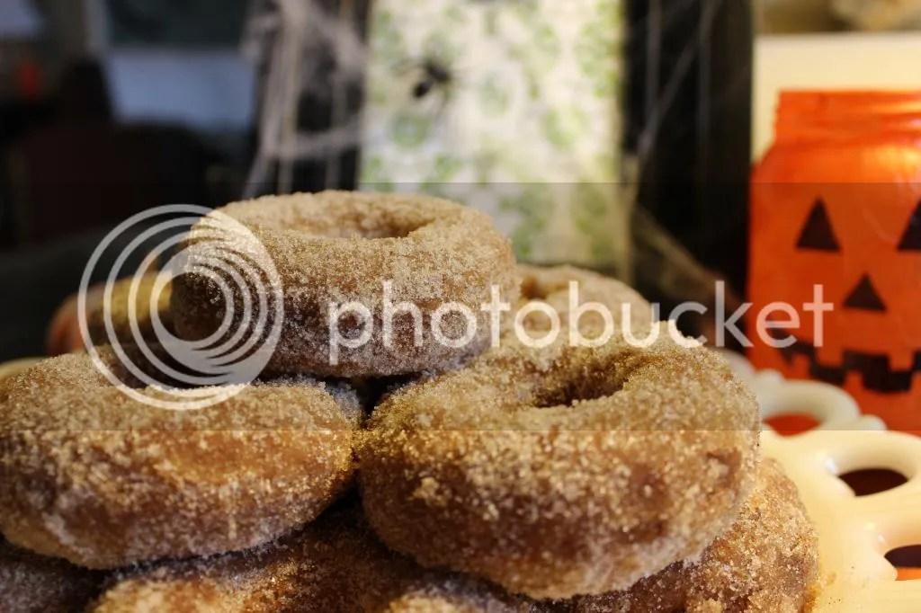 Apple Cider Donuts via Everyday Made Fresh