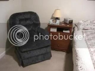 Bedroom chair photo CIMG5781.jpg