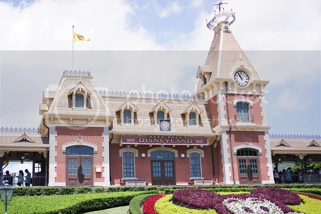 Hongkong Disneyland Inside