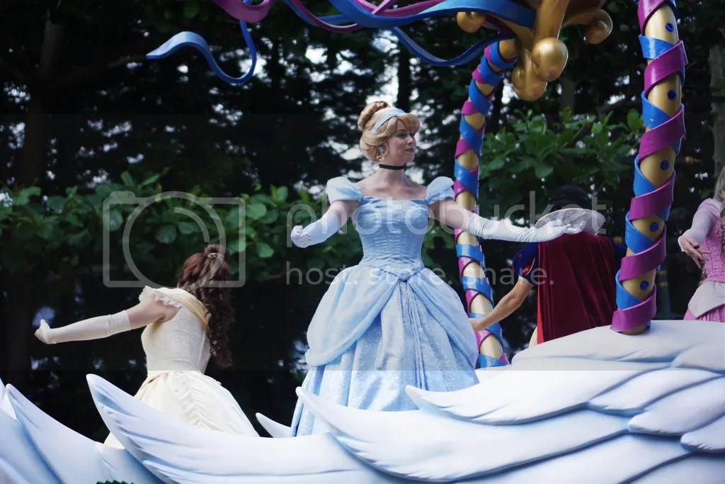 disney land cinderella princess