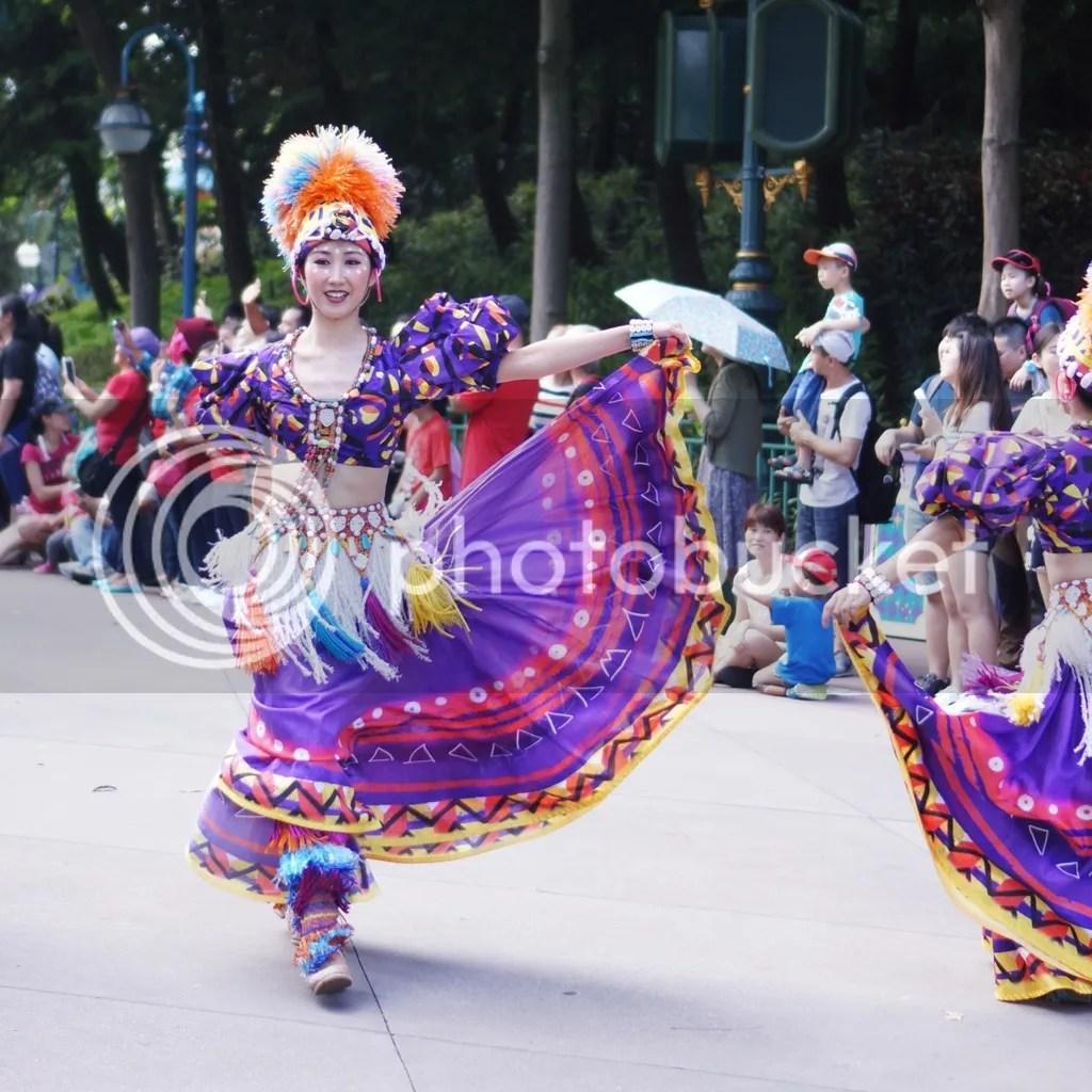 hongkong disneyland parade show