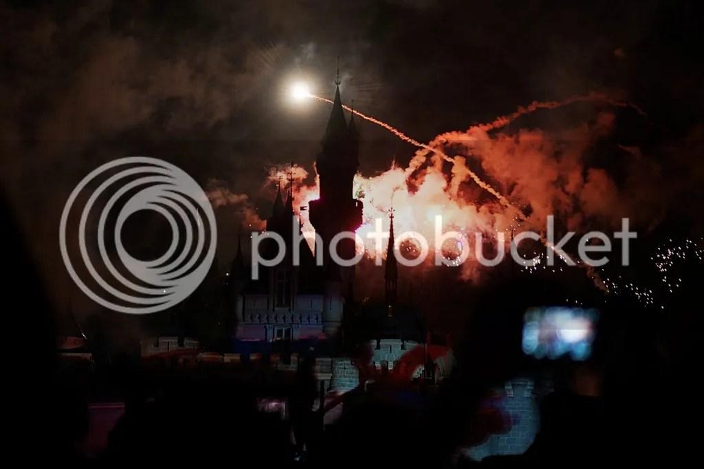 disneyland firework show