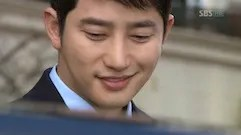 https://i0.wp.com/i14.photobucket.com/albums/a303/Raine0211/CDDA%20Ep%201%20SC/Cheongdamdong_Alice_Ep1_small_133.jpg