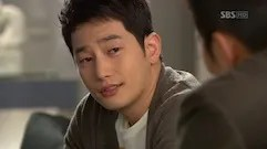 https://i0.wp.com/i14.photobucket.com/albums/a303/Raine0211/CDDA%20Ep%201%20SC/Cheongdamdong_Alice_Ep1_small_304.jpg