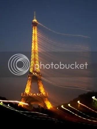 La Tour Eiffel, édition floue - juin 2007