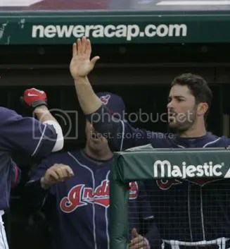 High fives for Dellucci's scruff