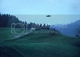 https://i0.wp.com/i143.photobucket.com/albums/r153/Drakuli_2006/3ufo333.jpg