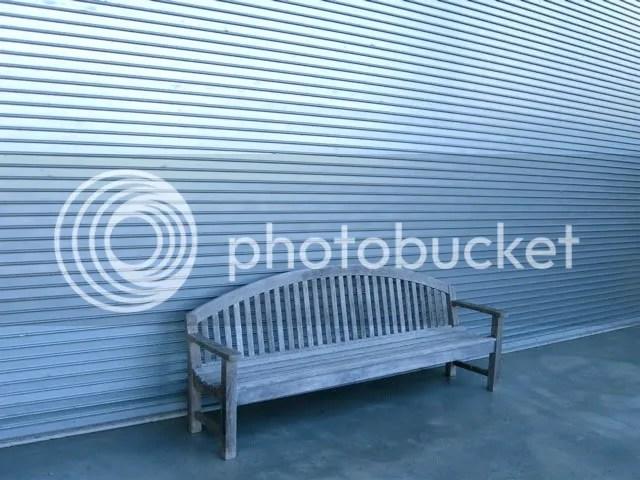 Dia bench