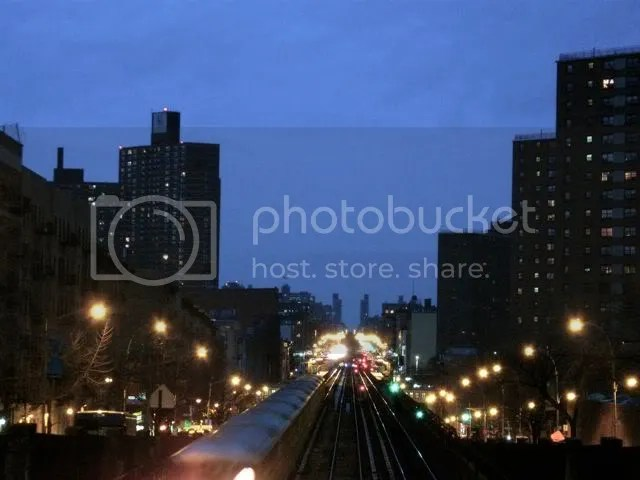 train passing under 121st street