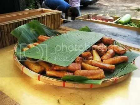 Free turon for everyone. You may get as much as you want - nice way to get the most out of the Php 199 entrance fee.
