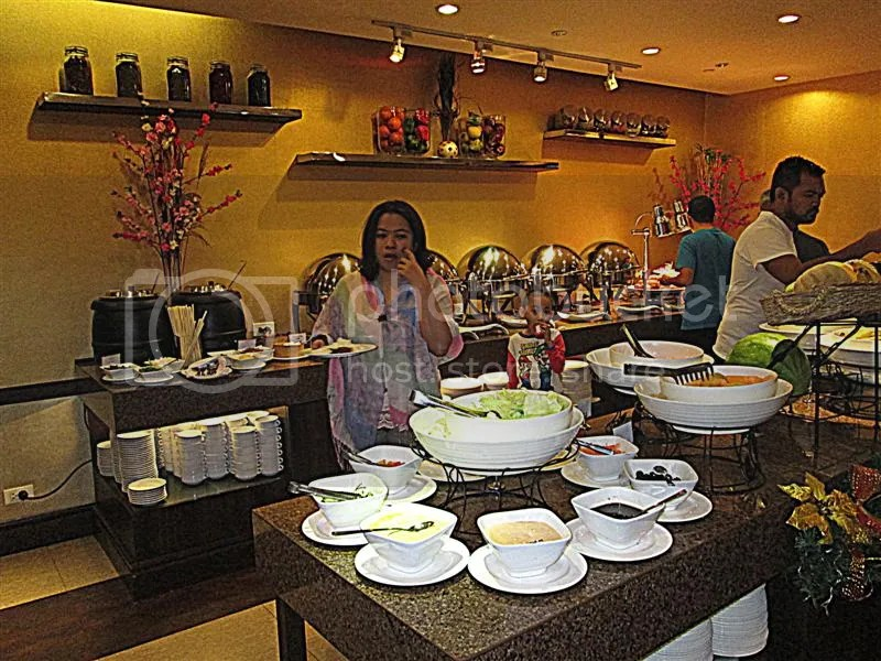 Ramada Manila Central breakfast, Buffet, News Cafe
