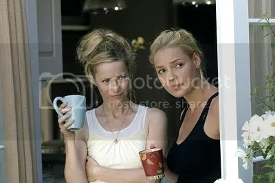 Leslie Mann and Katherine Heigl in Knocked Up
