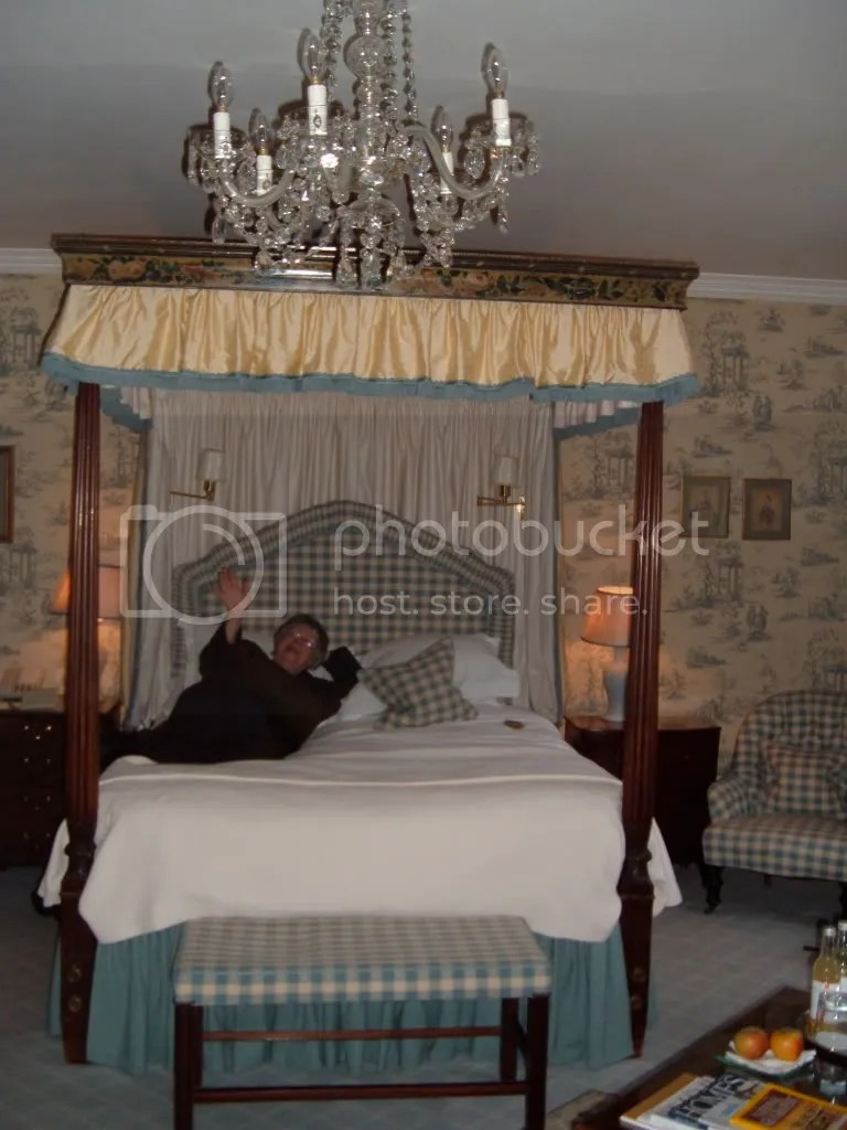 Jenny on a four-poster bed