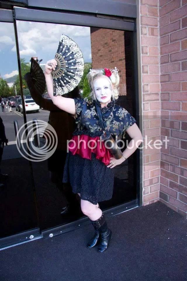 photo geisha at steamfest_zpskemno3ig.jpg