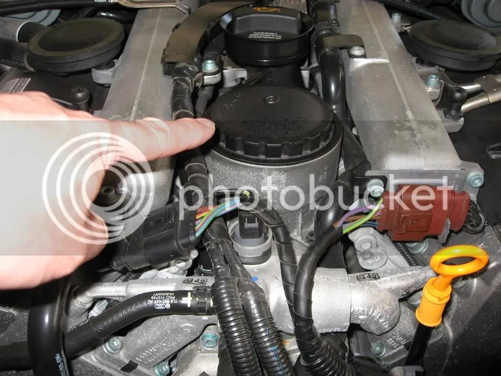 hight resolution of v10 fuel filter location