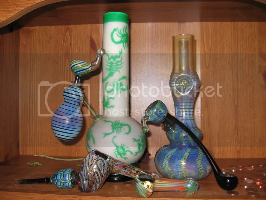 Glass Pipes And Bongs