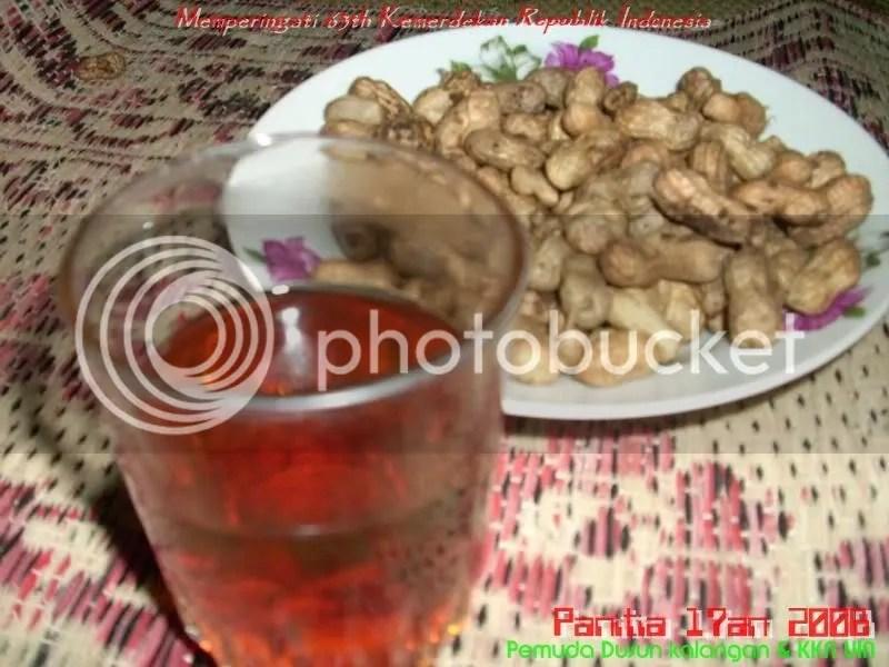 Kacang + Teh Manis