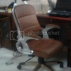 Office Chair Yangon King Tut Leaving Amerika March 2014 Yesterday I Got The Last Two Major Components For Apartment A Fridge And Desk