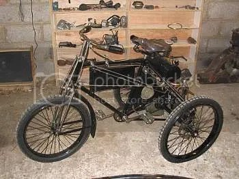 1900 De Dion-Boutin Tricycle