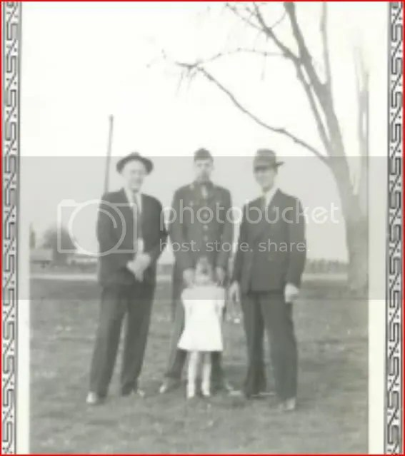 Earl with his daughter Carol and Carols grandparents