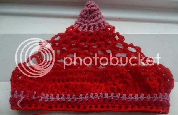 https://i0.wp.com/i165.photobucket.com/albums/u61/veldagia/Crochet/freeform%20hats/036.jpg