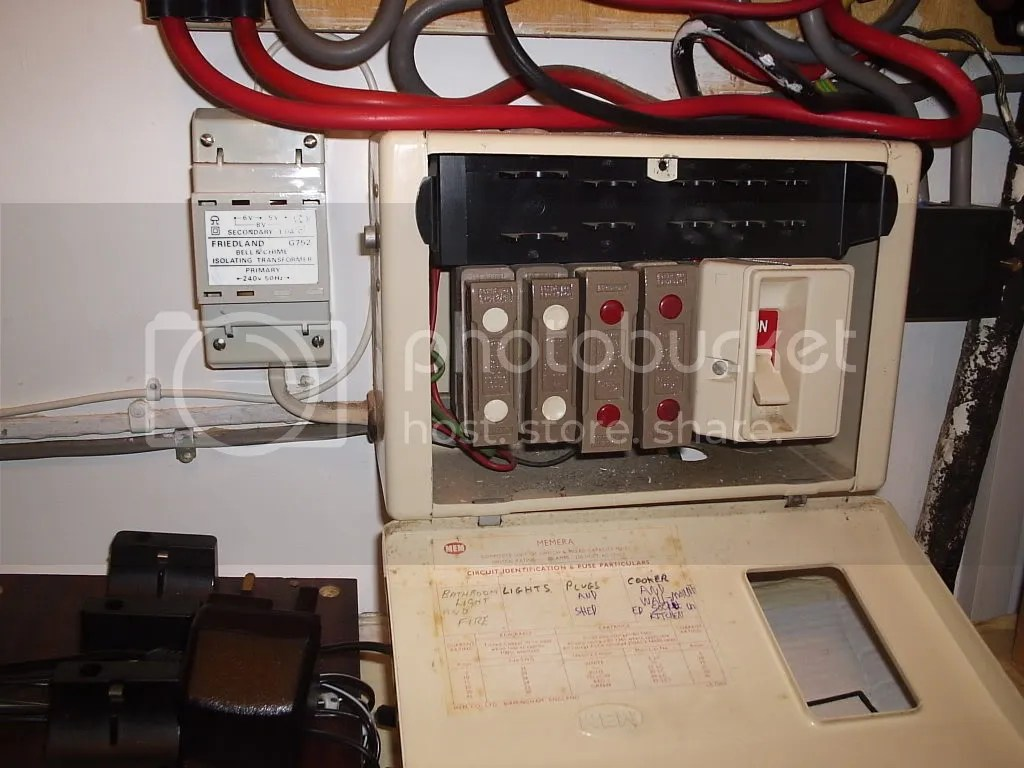 medium resolution of iet forums i m after a picture of an old domestic fuse box circuit breaker box older fuse box