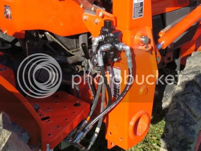 DSC00578 Kubota M Wiring Harness on kubota tractor electrical wiring diagrams, kubota rtv 900 wiring diagram, kubota m9000 parts diagram,