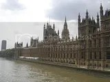 Parlamento junto al Tamesis