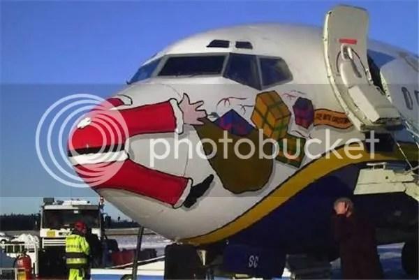Santa versus a 747