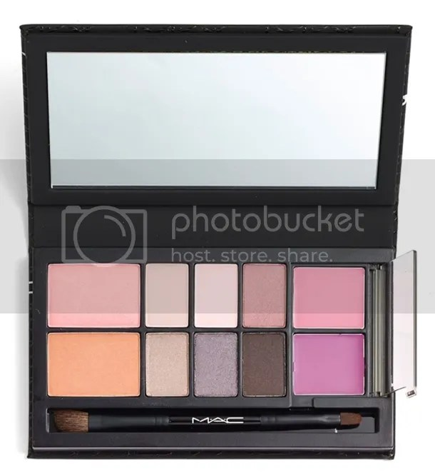 photo MAC-Look-in-a-Box-All-About-Plum-Palette.jpg