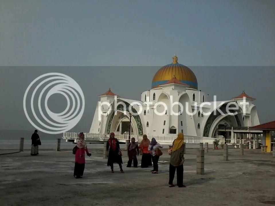 Masjid  Selat  Melaka photo 12074670_10206530321609567_4721656358415483205_n_zpsr6yim2yj.jpg
