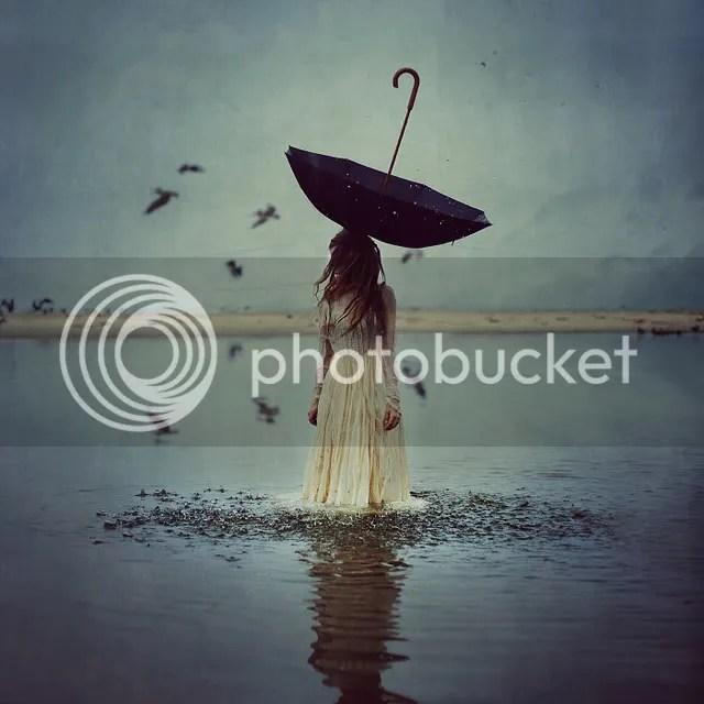 Brooke Shaden: Este es un autoretrato que hice y terminó siendo una imágen compuesta de 7 fotos.