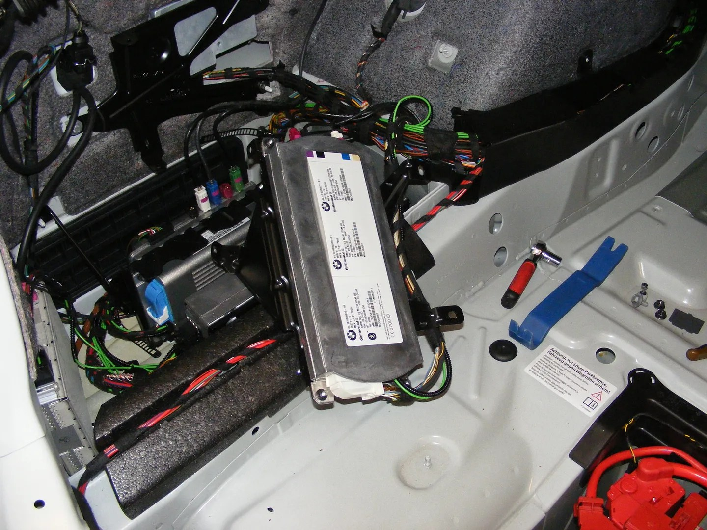 2002 bmw 325i parts diagram est smoke detector wiring notes on a 2009 f01 7-series apps retrofit - bimmerfest forums