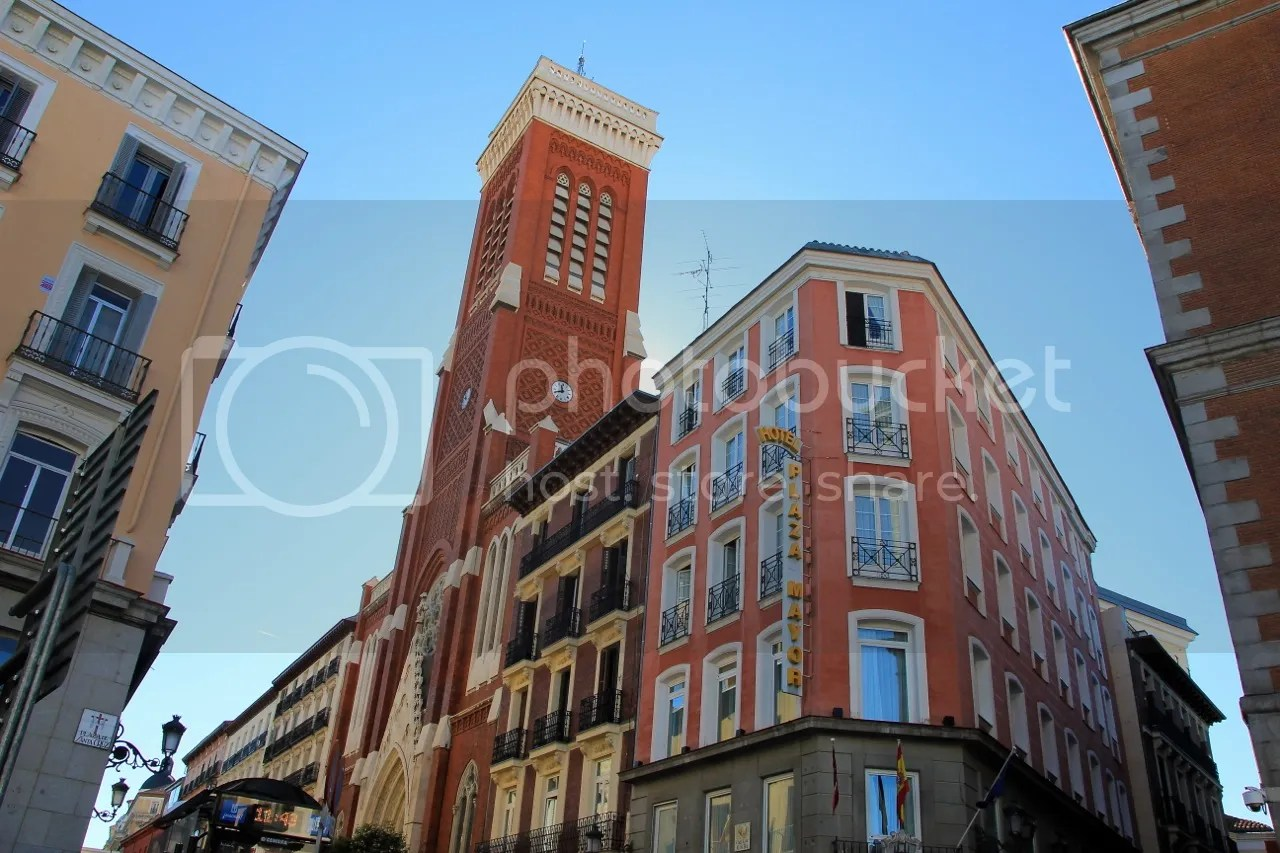 https://i0.wp.com/i181.photobucket.com/albums/x35/jwhite9185/Madrid/file-136.jpg