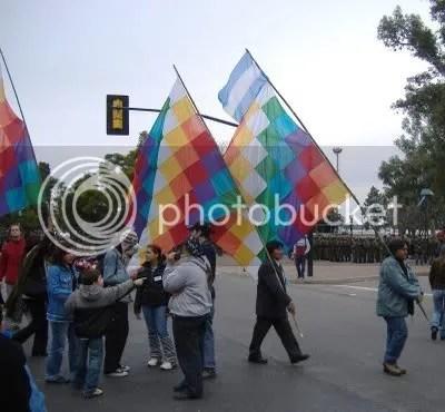 Wiphala, bandera de los pueblos originarios