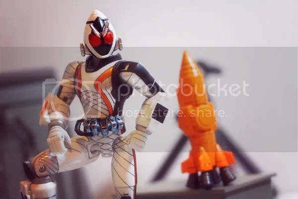 宇宙來了啊啊啊!!F.M.C.S. 幪面超人 FOURZE!!(11/9 繼續落毒,新增外拍) - 玩具日報精華區 - Toysdaily 玩具 ...