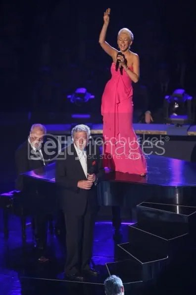 Christina Aguilera performing with Tony Bennett