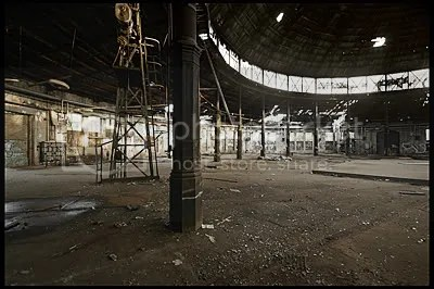 urbex,  urban exploration,  decay,  abandoned,  germany, deutschland, duitsland, architecture,  photography,  urban,  exploration, verlaten, fotografie, raw, pankow, reichsbahnausbesserungswerk, roundhouse, berlin, train, locomotives, repair, maintenance, lokomotieven, locomotieven, werkplaats, turntable, reichsbahn, deutsche, bahn, trein, transport