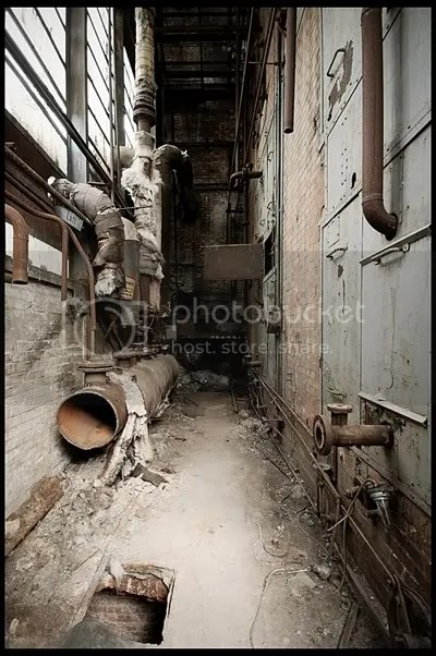 urbex,  urban exploration,  decay,  abandoned,  germany, deutschland, duitsland, architecture,  photography,  urban,  exploration, verlaten, fotografie, industrie, industry, transport, raw, reichsbahnausbesserungwerk, workshop, factory, fabriek, werkplaats, locomotieven, locomotives, lokomotieven, repair, service, deutsche, bahn, reichsbahn, halls, sheds, power, station, treinen