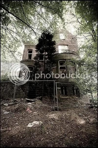 abandoned, architecture, belgique, belgium, decay, exploration, photography, urban, urban exploration, urbex, dilapidated, mansion, castle, chateau, conseillante, residential, area