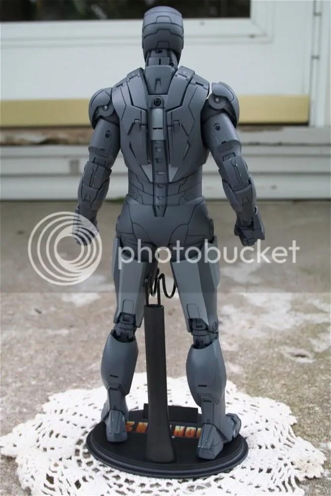 Hot Toys Iron Man 2 Mark IV Secret Project Comic-Con Exclusive (3/5)