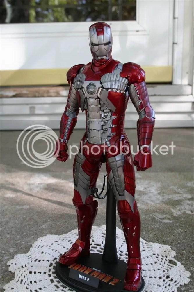 Hot Toys Iron Man 2 Mark V Review (5/6)