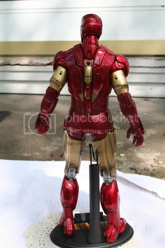 Hot Toys Iron Man 2 Mark VI Review (5/6)