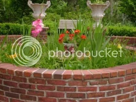 https://i0.wp.com/i187.photobucket.com/albums/x204/chicklady/flowersblooming.jpg