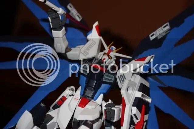 Kira: My beam saber!!