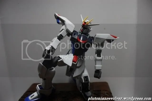 Youre already posing!? Cant you wait for the review session? You dont even have your wings yet ahahaha