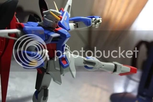Gundammu kick!!