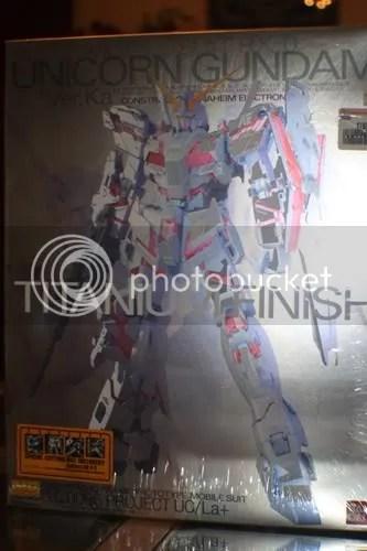 1/100 MG Unicorn Gundam Titanium Finish