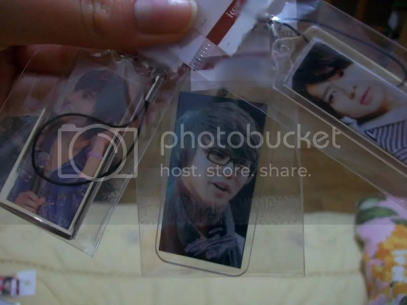 Changmin & 2 Yoochun Cell Phone Charms (side 1)